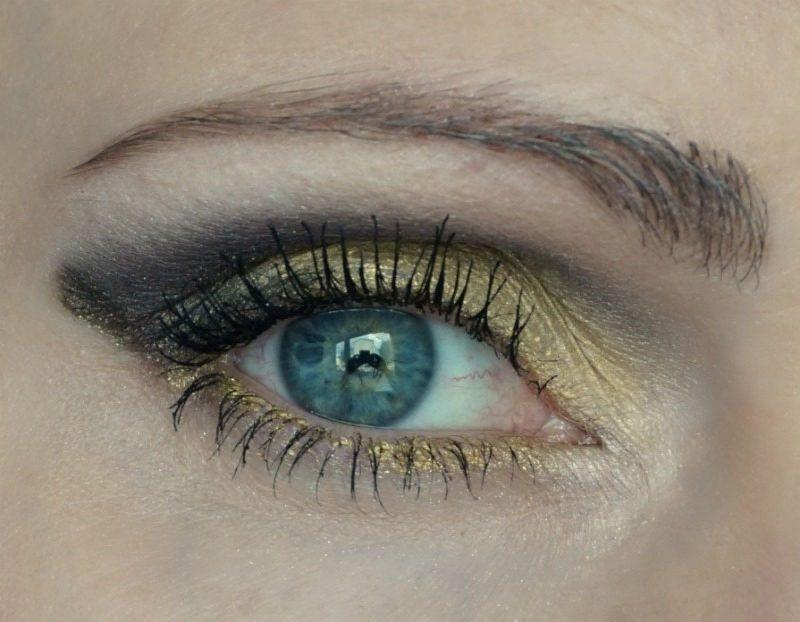 taupe plum and yellow eye makeup