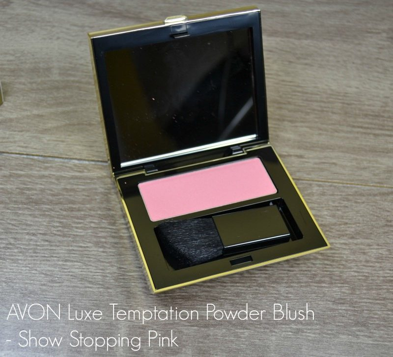 Avon Luxe Temptation Powder Blush - Show Stopping Pink