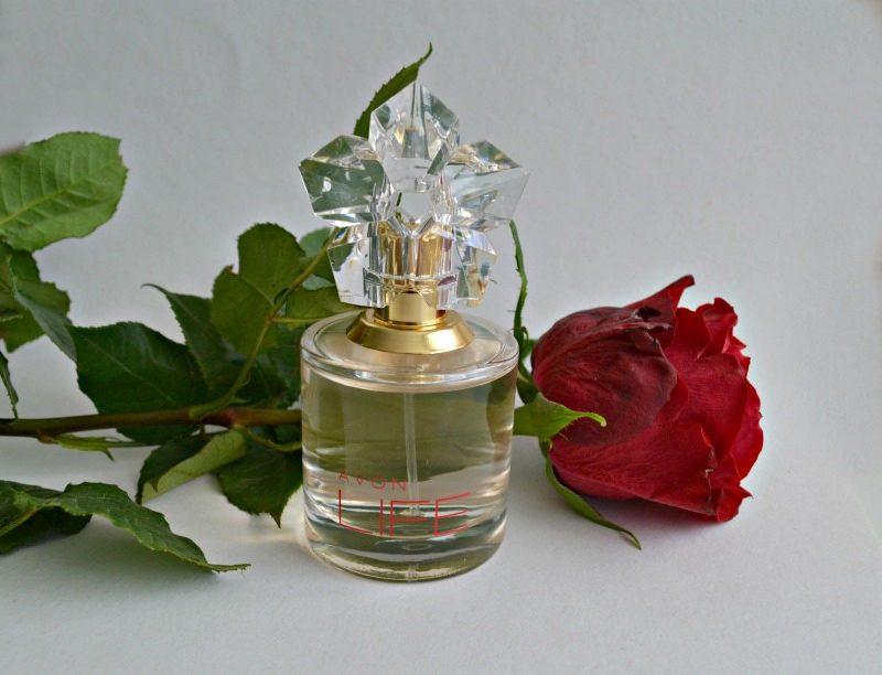 Avon Life for Her parfüümvesi