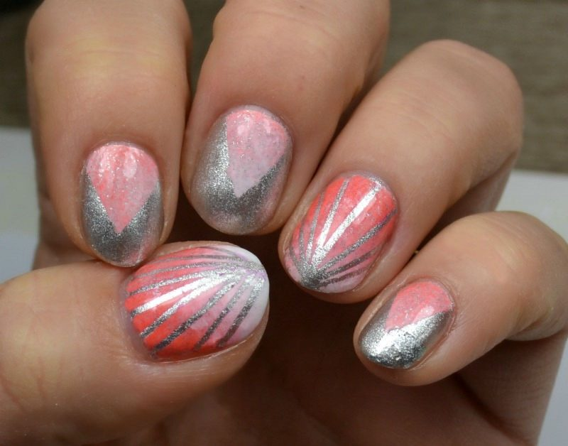 Stripes and gradient nails