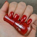 Perfect red nails with Essence The Gel nail polish – 16 Fame Fatal