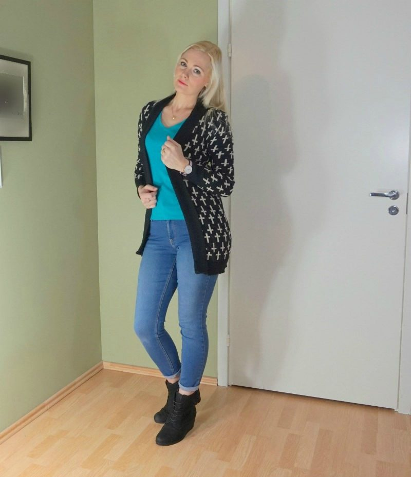 casual long cardigan outfit