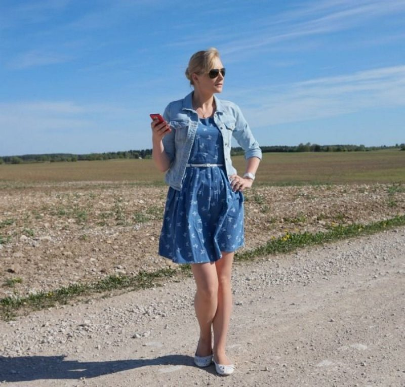 Yumi Belted Butterfly Dress in Chambray from ASOS Only denim jacket Michael Kors white ceramic watch 24ct Gold Plated Sterling Silver butterfly necklace from Lily Charmed Oakley sunglasses Dondella hair claw