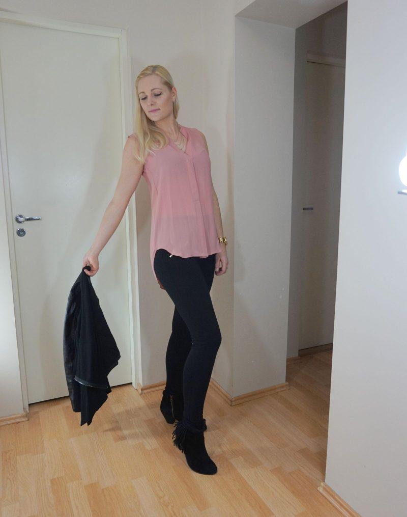 blush black outfit