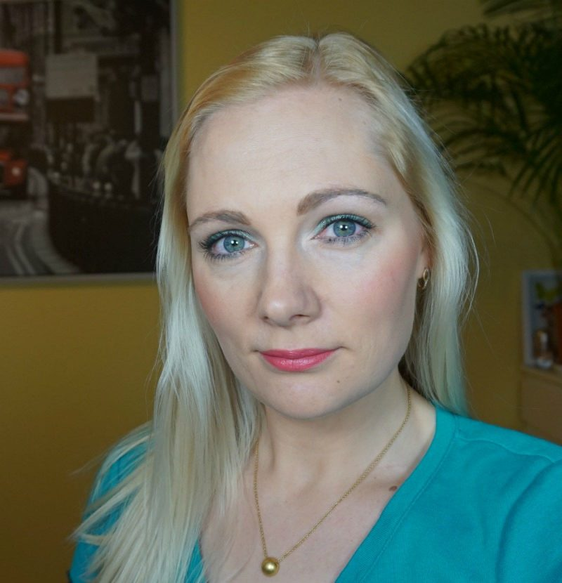 Quick and easy daytime makeup