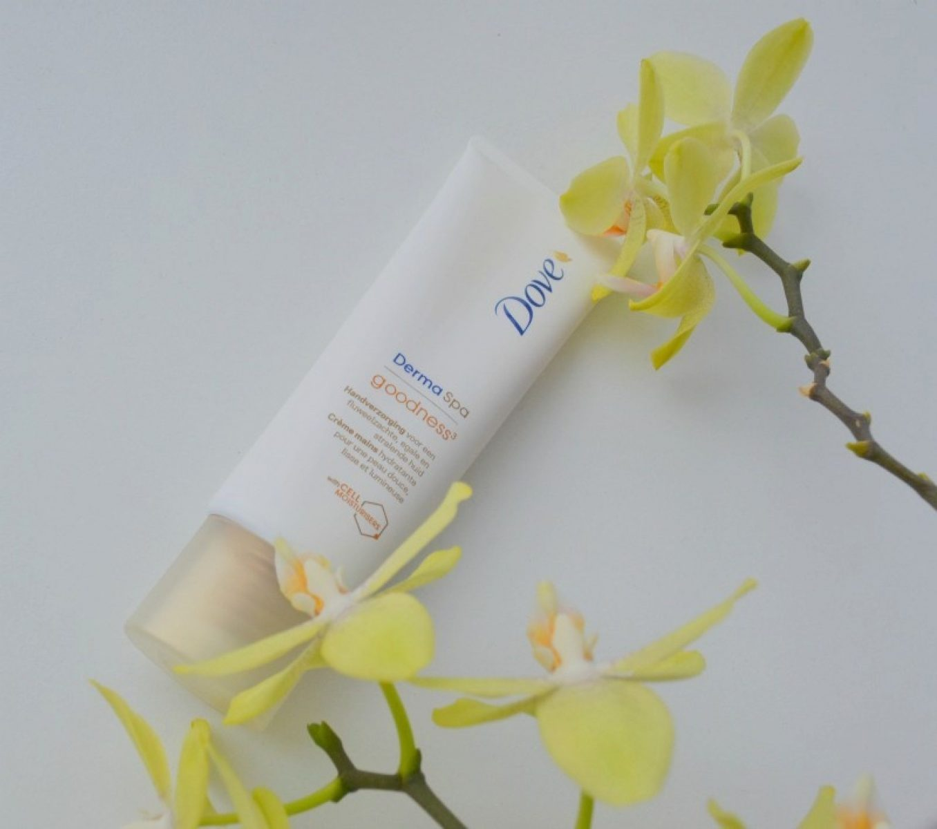 Make your hands velvety soft with Dove Derma Spa Goodness hand cream