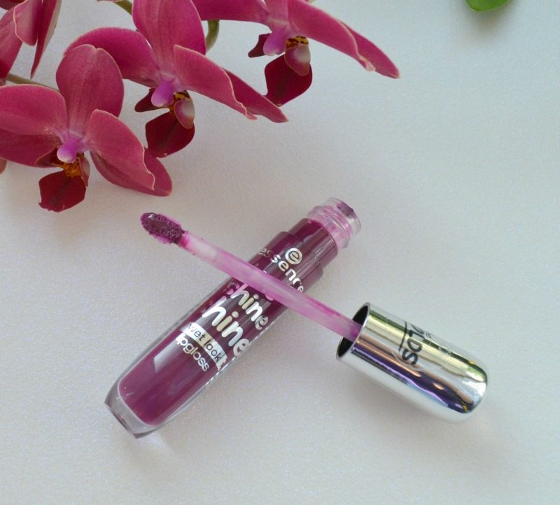 Essence Shine Shine Shine Wet Look lipgloss 12 Runway, Your Way