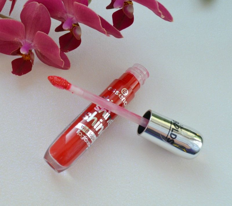 Essence Shine Shine Shine Wet Look lipgloss 13 Red Carpet Starlet