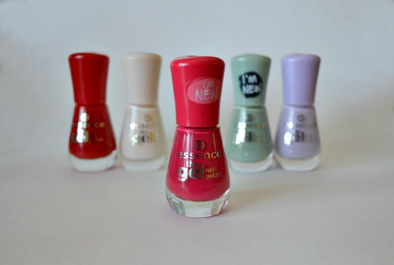 Essence The Gel nail polish 92 Red Carpet?