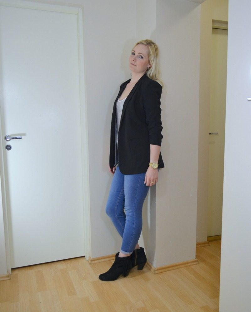 daytime glitter outfit featuring glitter top blazer jeans
