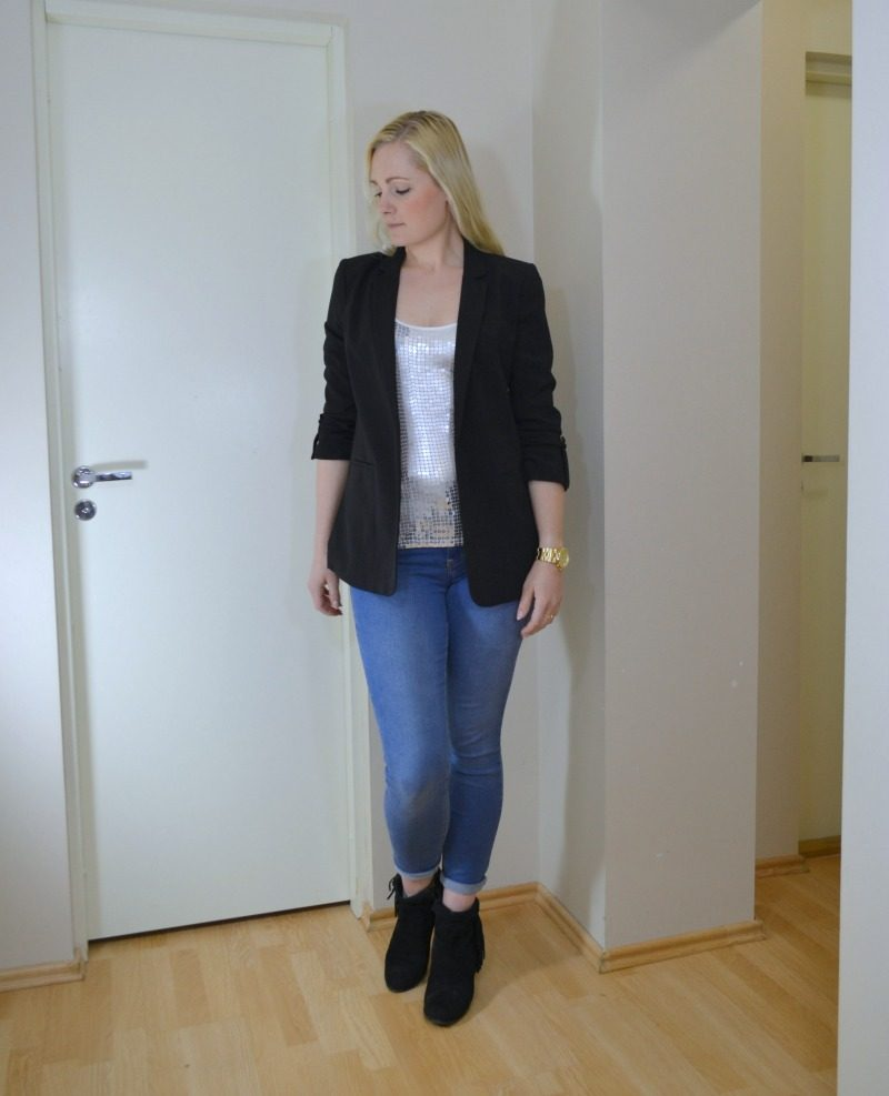 glitter top, jeans, black blazer