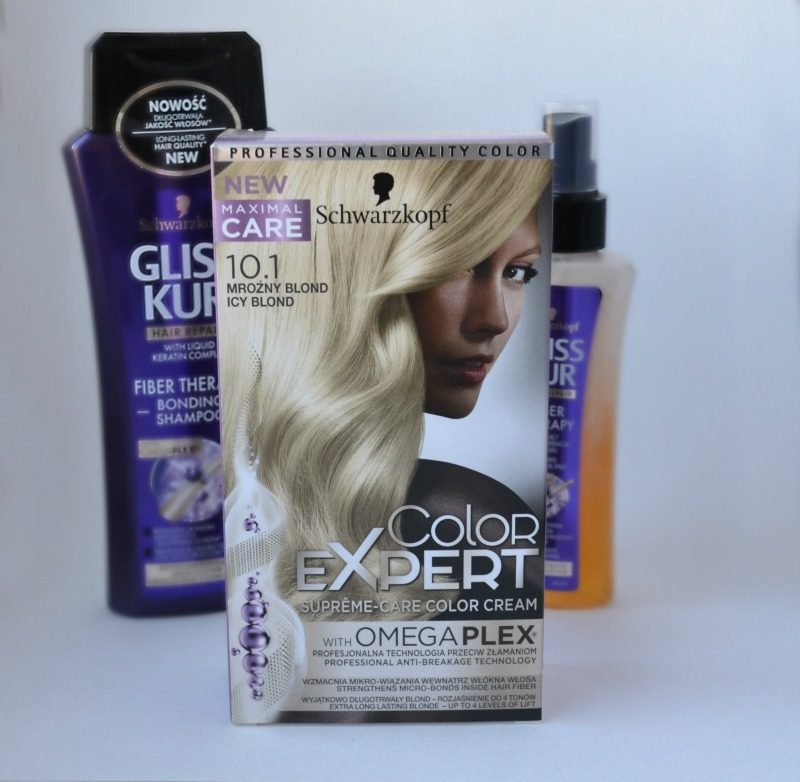 Schwarzkopf Color Expert Omegaplex hair dye in 10.1 Icy Blond