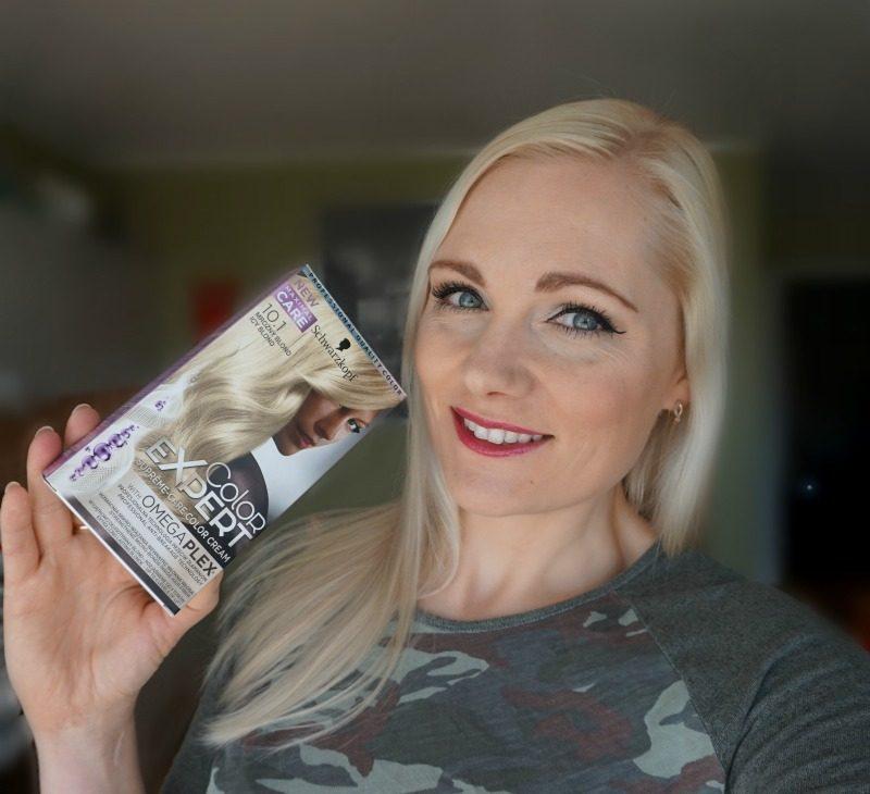Schwarzkopf Color Expert Omegaplex juuksevärv toonis 10.1 Icy Blond
