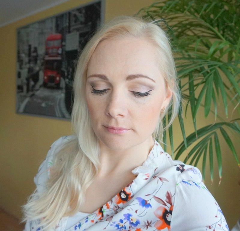 Simple makeup look feat. Essence Cosmetics, Cargo Cosmetics, Avon, NYX