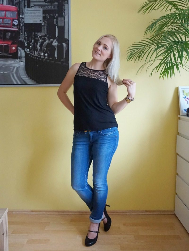 Hilfiger jeans, BB Dakota top, Lotus Mary Jane shoes