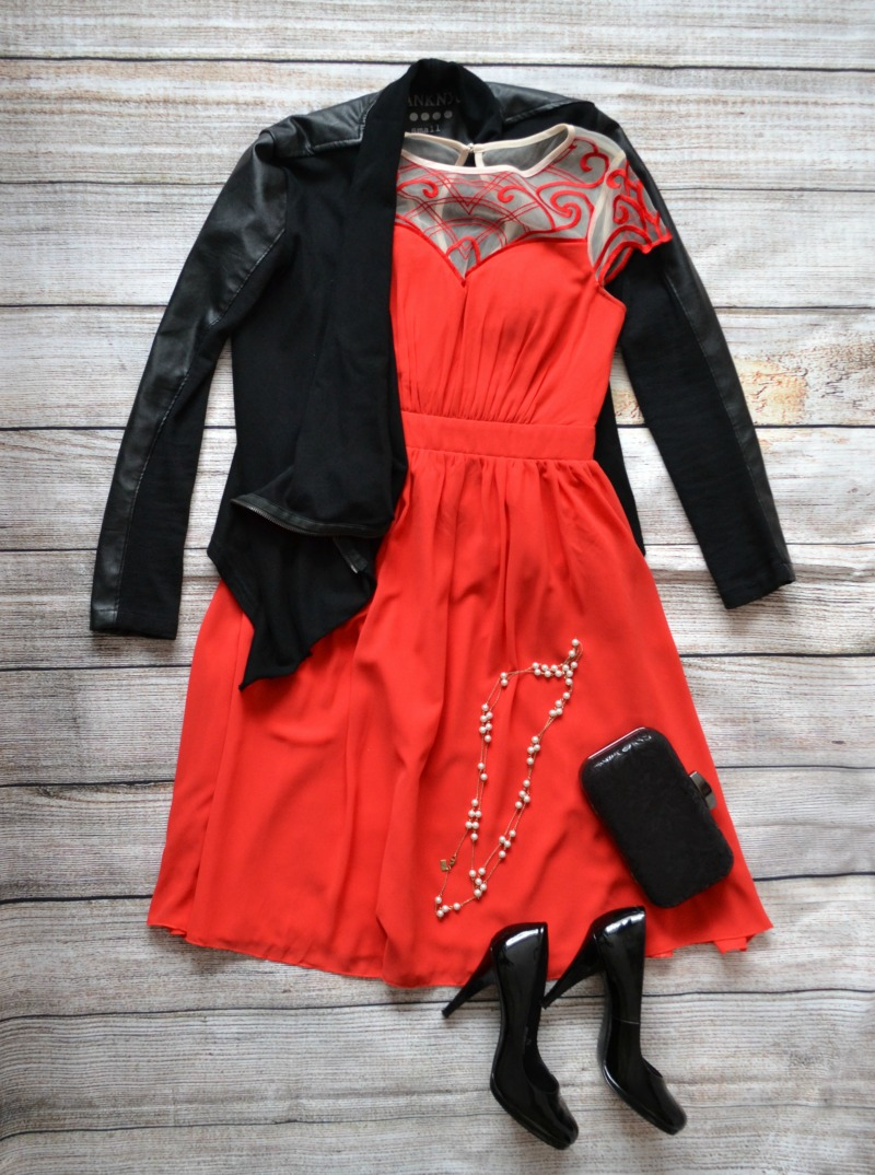Red and black Christmas Party outfit idea