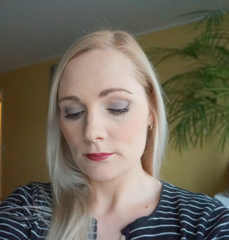 simple makeup look using affordable makeup products