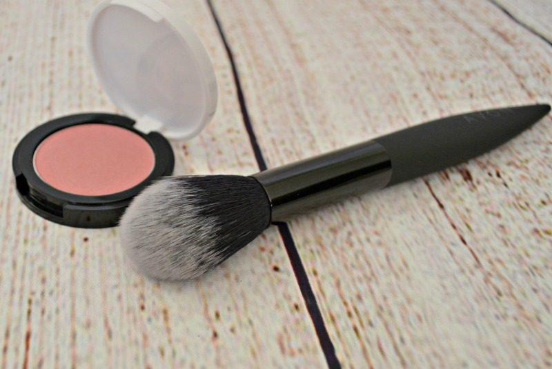 Avon Blush Brush