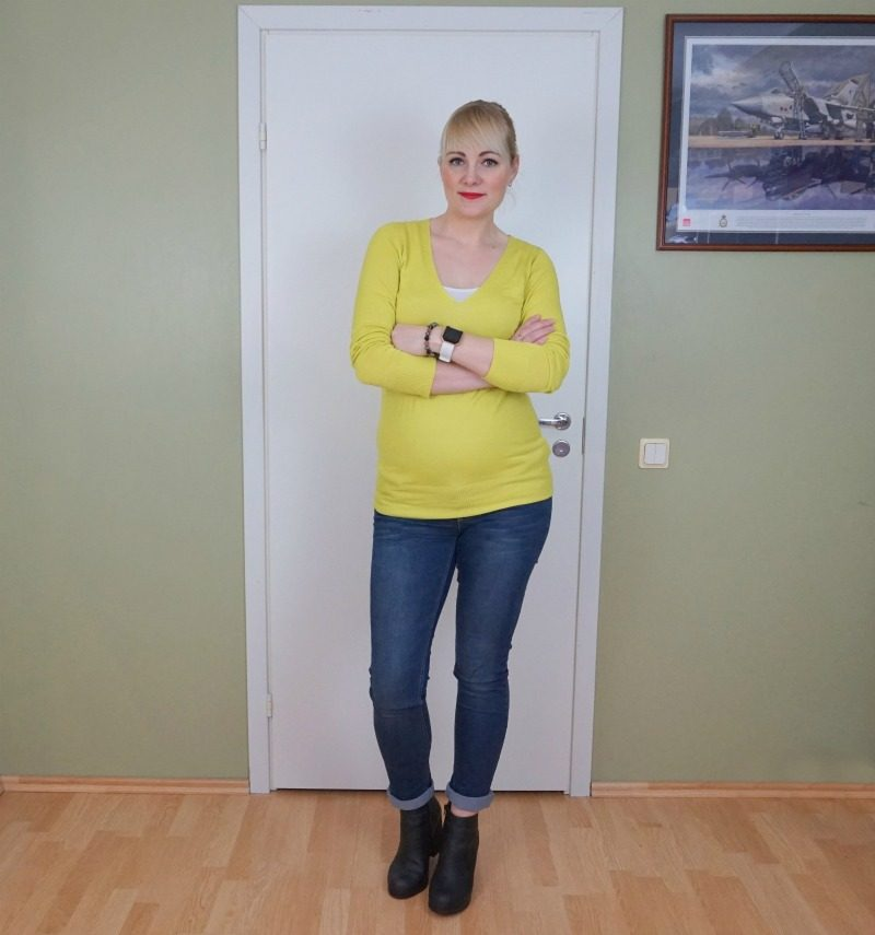 Oasis jumper Mamalicious jeans