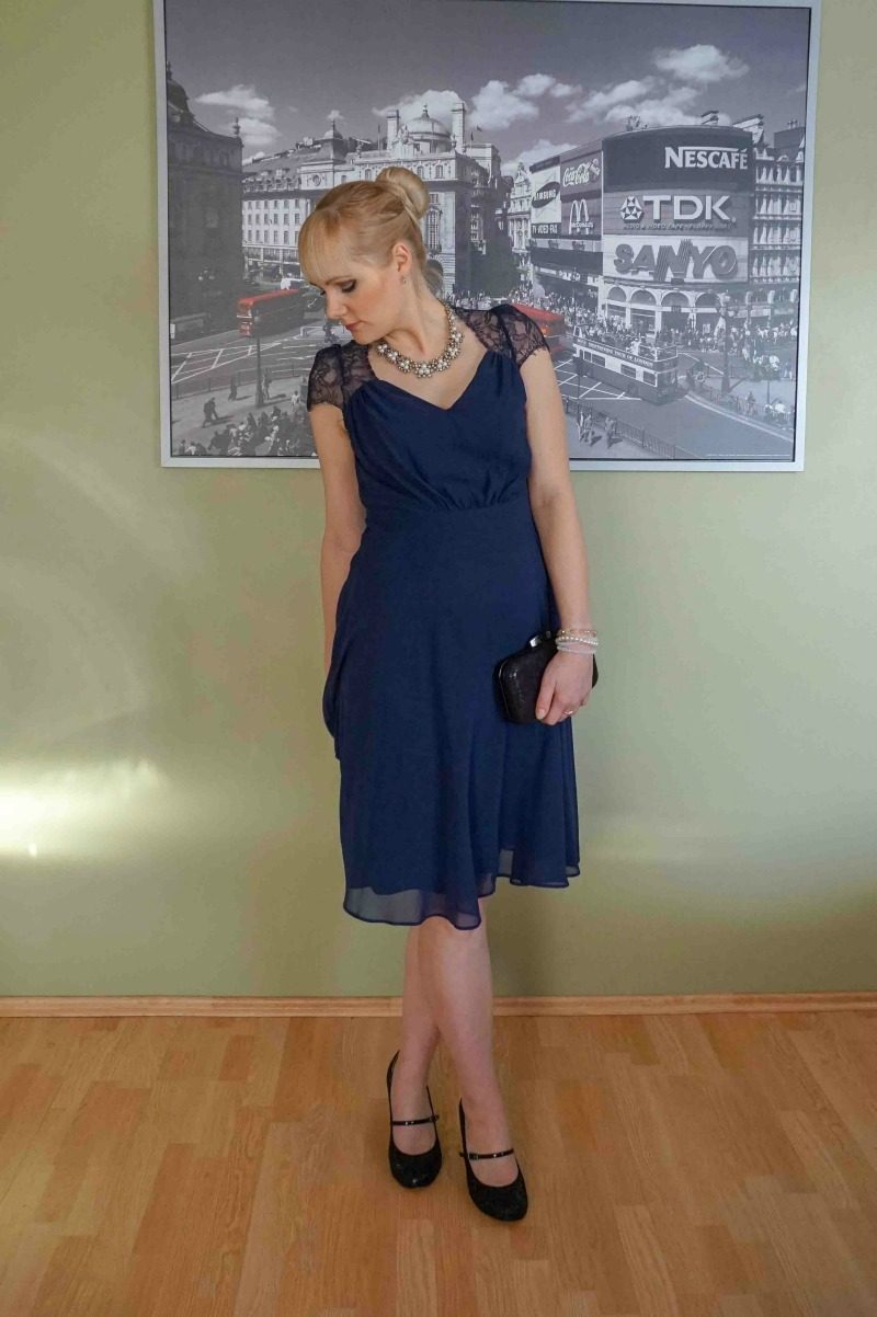 navy blue and black outfit