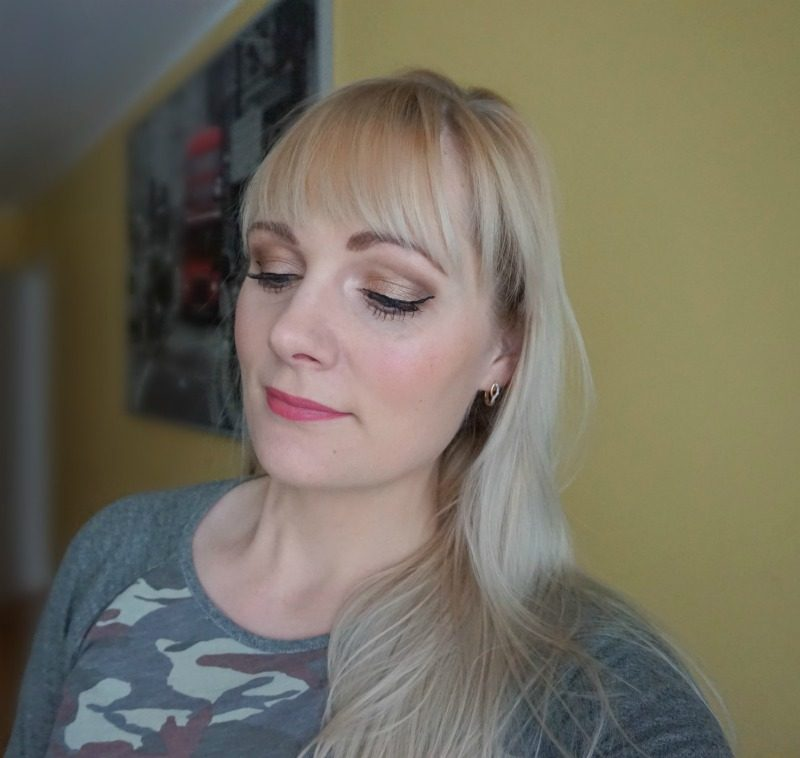 simple brown eyemakeup Cargo Cosmetics Urban Decay