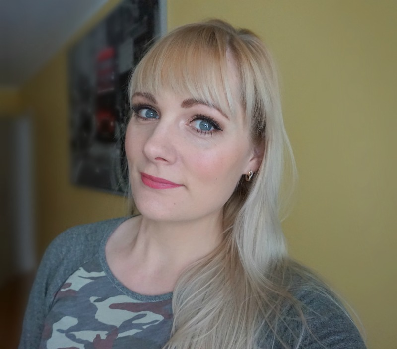 Simple Makeup look with Cargo Cosmetics, Urban Decay, Essence etc