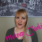 Video: Makeup Junkie Tag