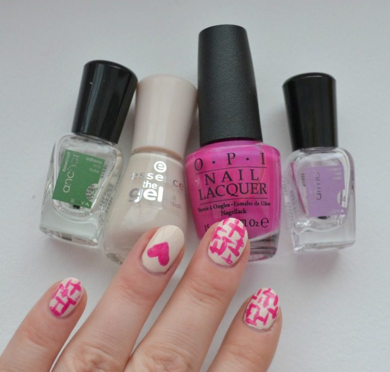 beige fuchsia simple brush stroke nail art