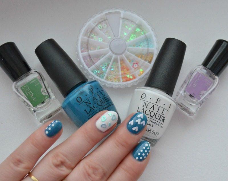 blue white nail art