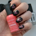 easy dots and heart nail art Valentines Day