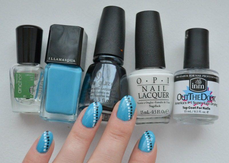 simple blue black white nails