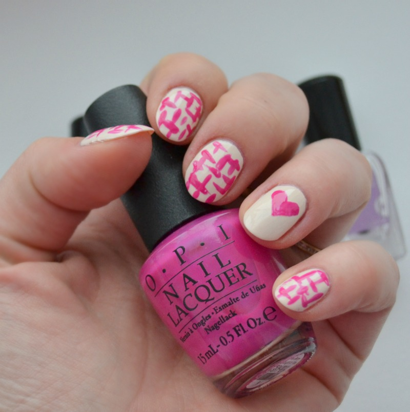 simple brush stroke nail art Valentines day