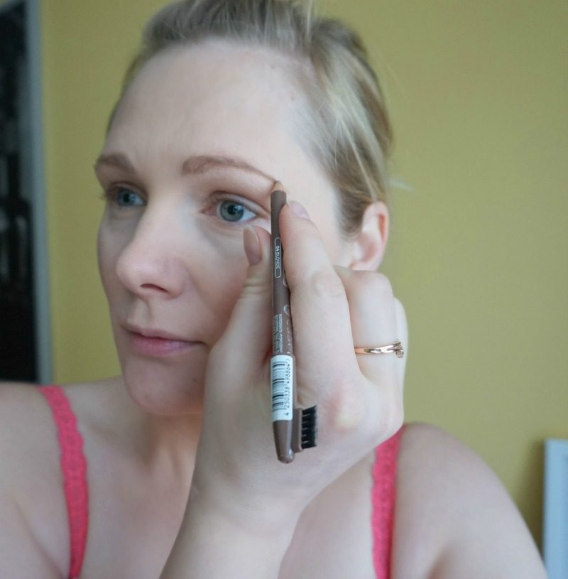 review essence eyebrow designer
