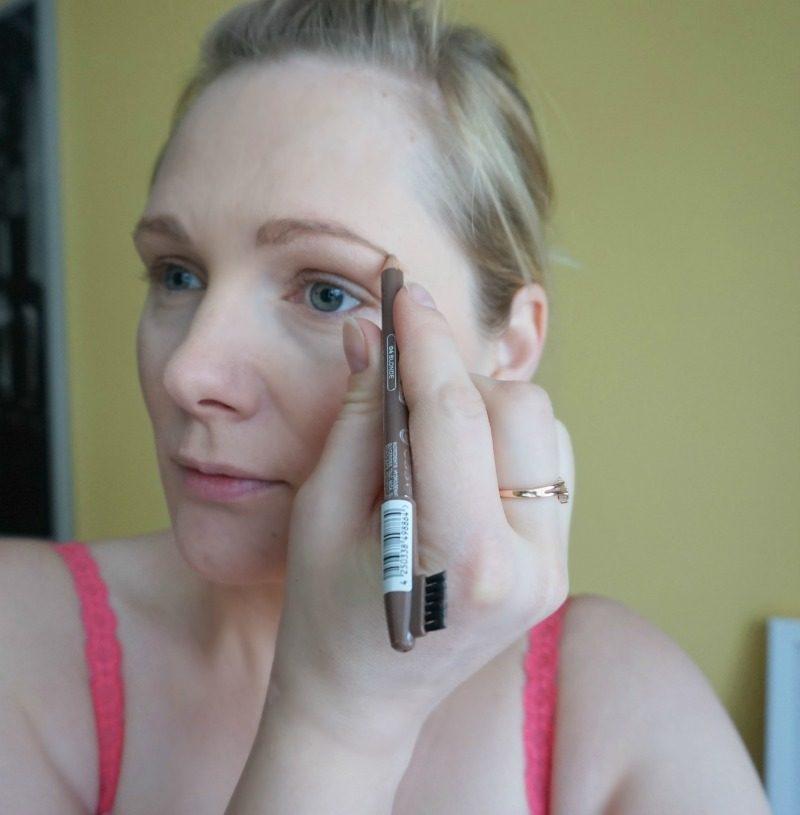 review essence eyebrow designer