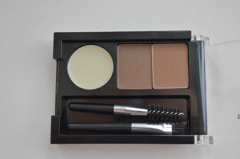 NYX Professional Makeup Eyebrow Cake Powder Brunette review