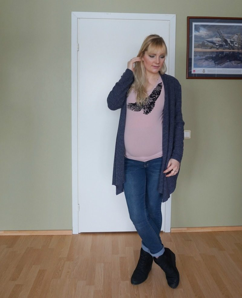 casual maternity outfit Mamalicious Esprit Ecco HM