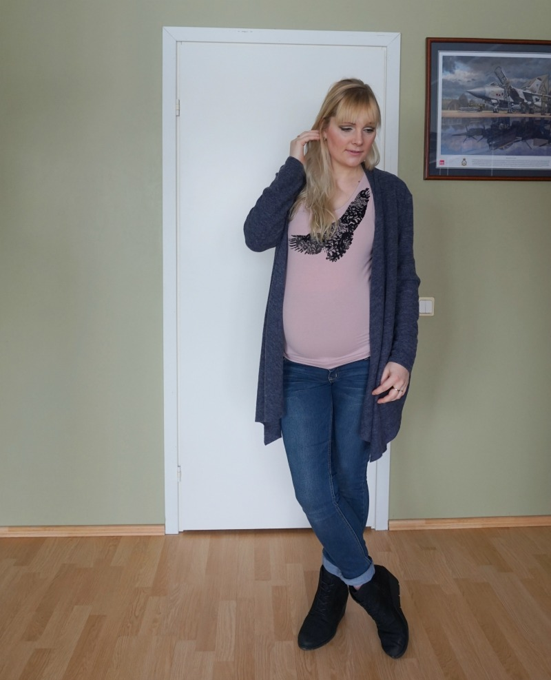 Casual maternity outfit & weekly fashion and style link up #146