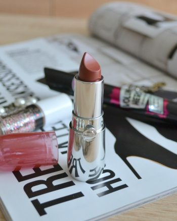 Essence Colour Up! Shine On! lipstick 10 Rosey Glitz