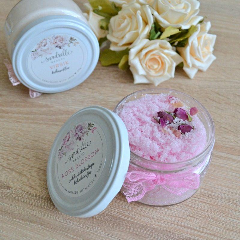 Sandrelle Beauty Rose Blossom suhkrutükikestega kehakoorija