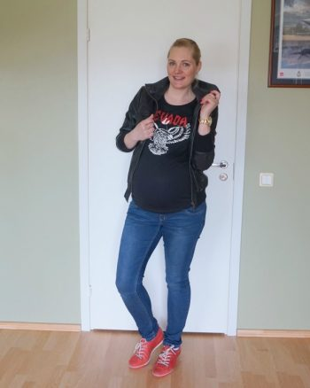 Casual maternity outfit & weekly link up
