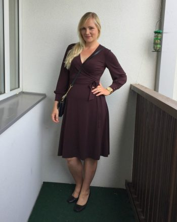 H&M Crépe Wrap Dress in Burgundy
