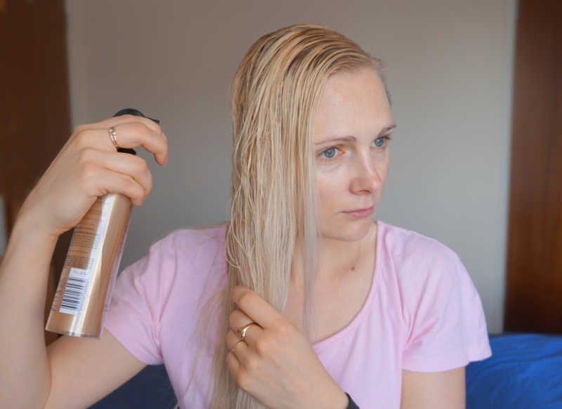 styling long thin hair