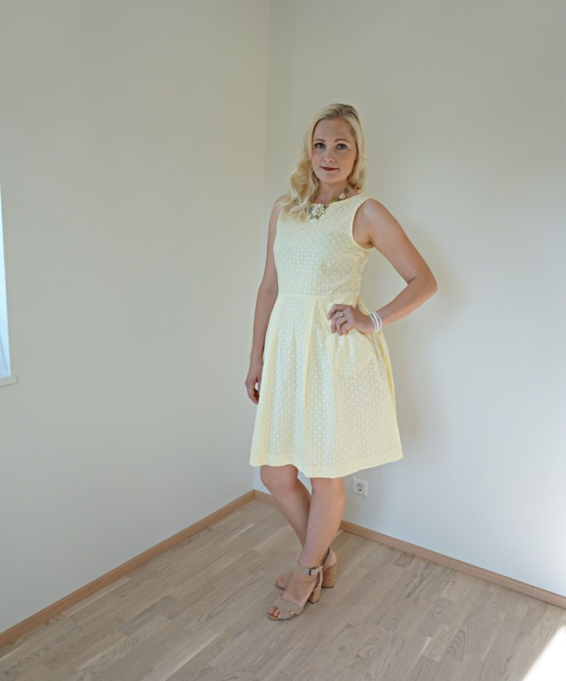 Lindex Holly & White yellow hole-embroidered dress