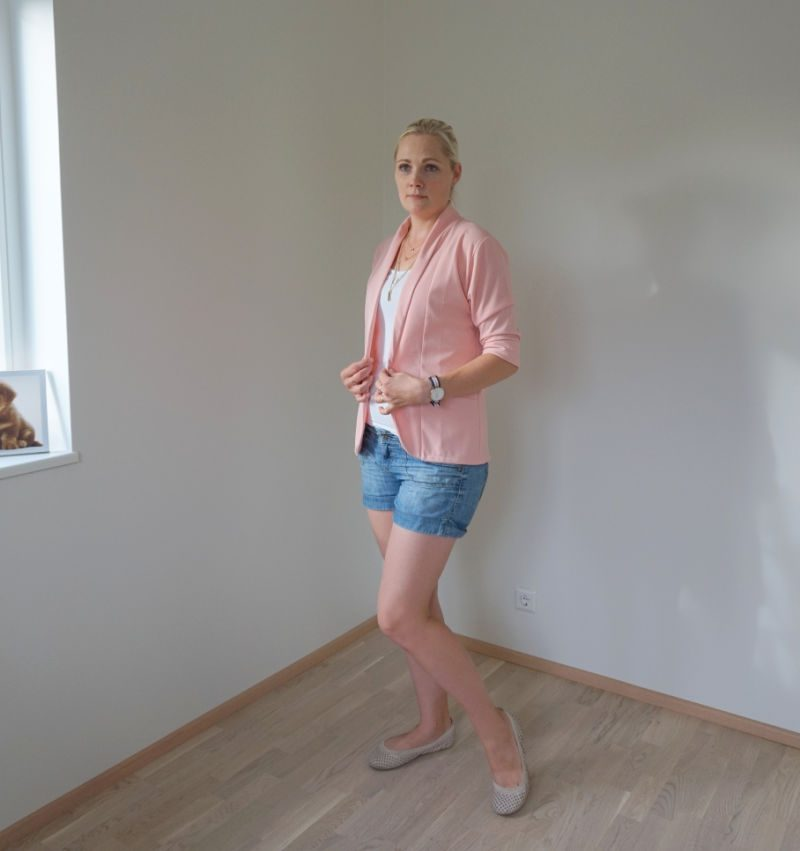 outfit - denim shorts pink blazer white top