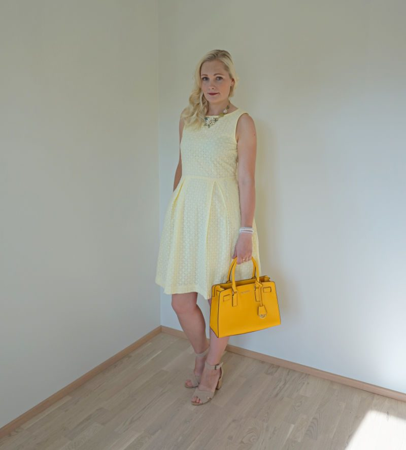 simple yellow on yellow outfit