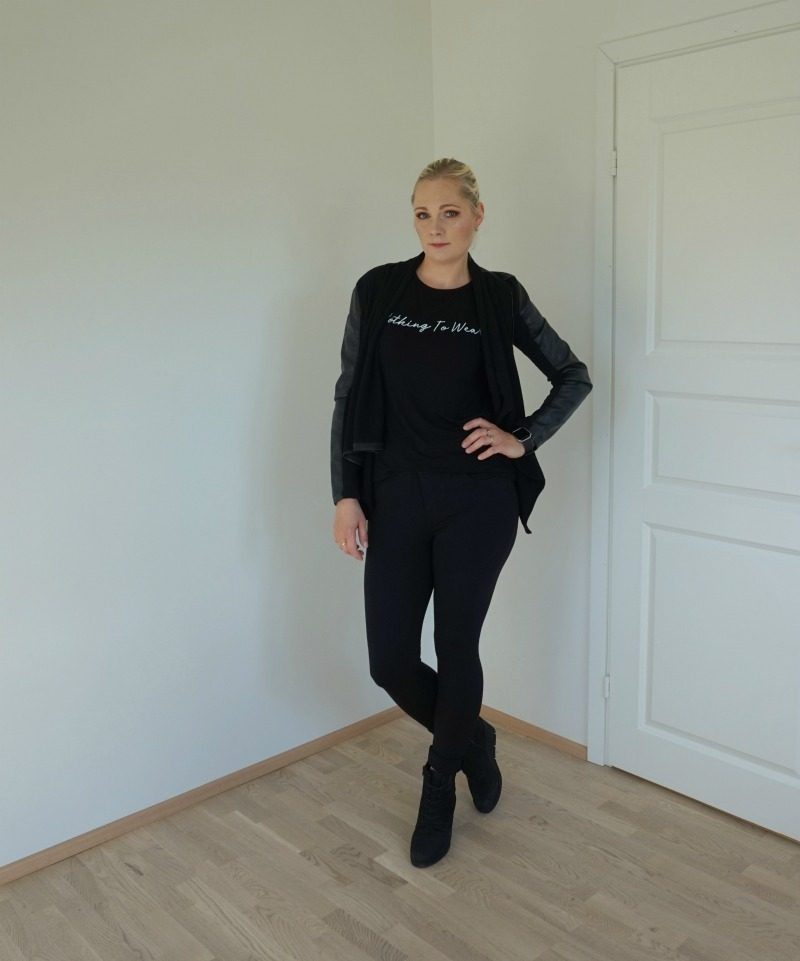 simple casual all black outfit