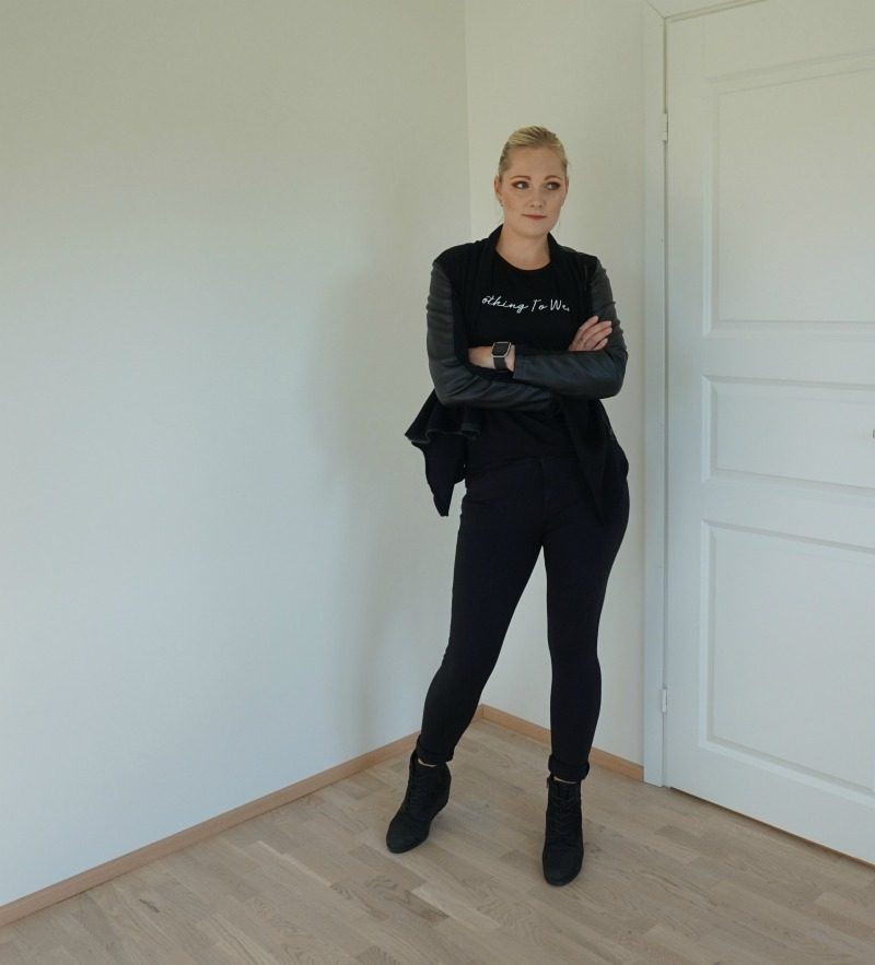 all black outfit autumn 2019