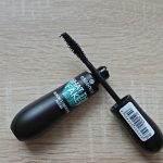 Essence Cosmetics What The Fake Volumizing & Lengthening Mascara