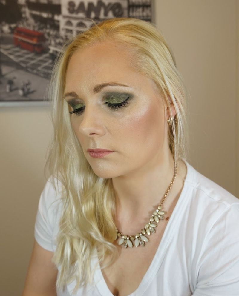Green eye makeup look with Essence Cosmetics