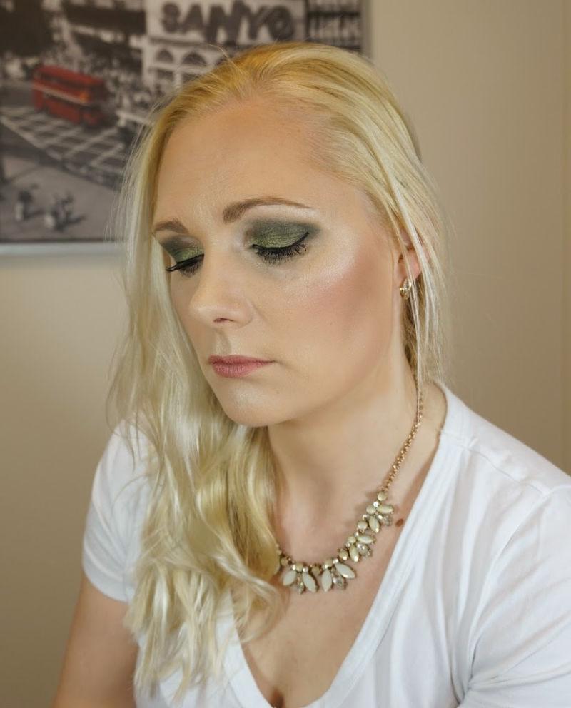 Green eye makeup look with Essence Cosmetics